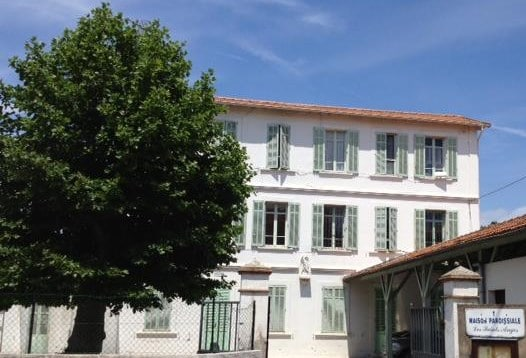 French summer school in Cannes