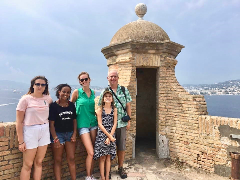 Sightseeing around Cannes with families attending French language holiday courses