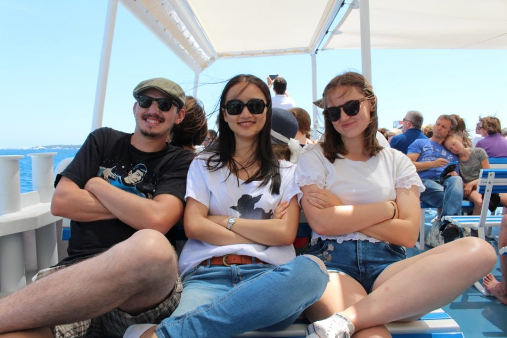 Boat trip with university students attending a French language holiday course programme in France