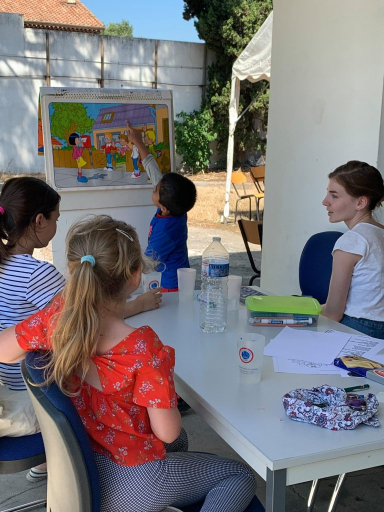 Kids learn French actively and develop oral French skills
