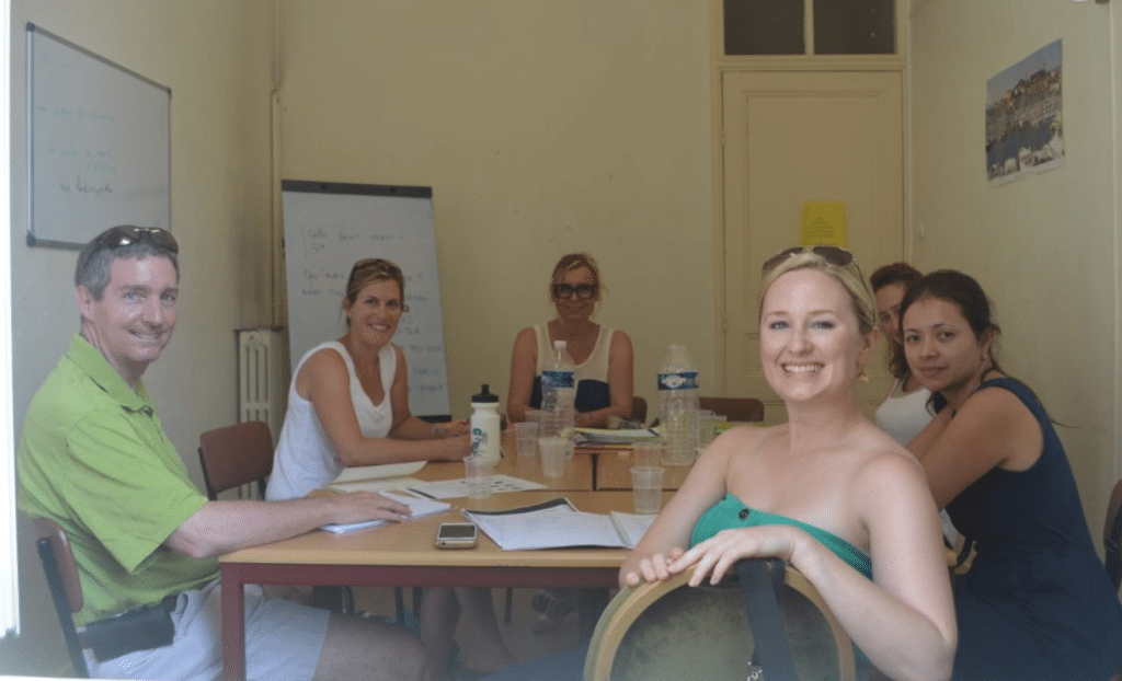 Adult conversation French course session