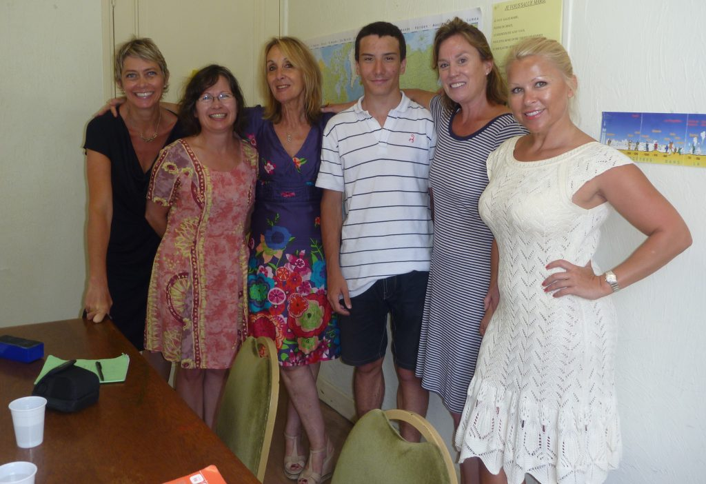 Beginner adult students learning French in France