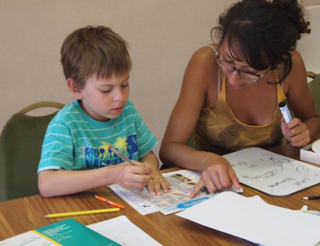 children French lessons during summer holidays on the Riviera