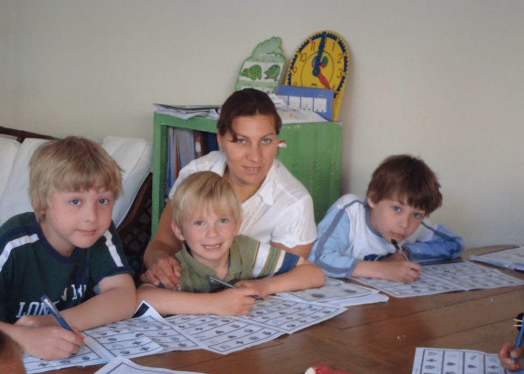 Children studying French during summer holidays