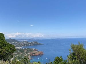 Starting to make your summer holidays plans ? How about taking some private lessons while you will be staying on the French Riviera ?